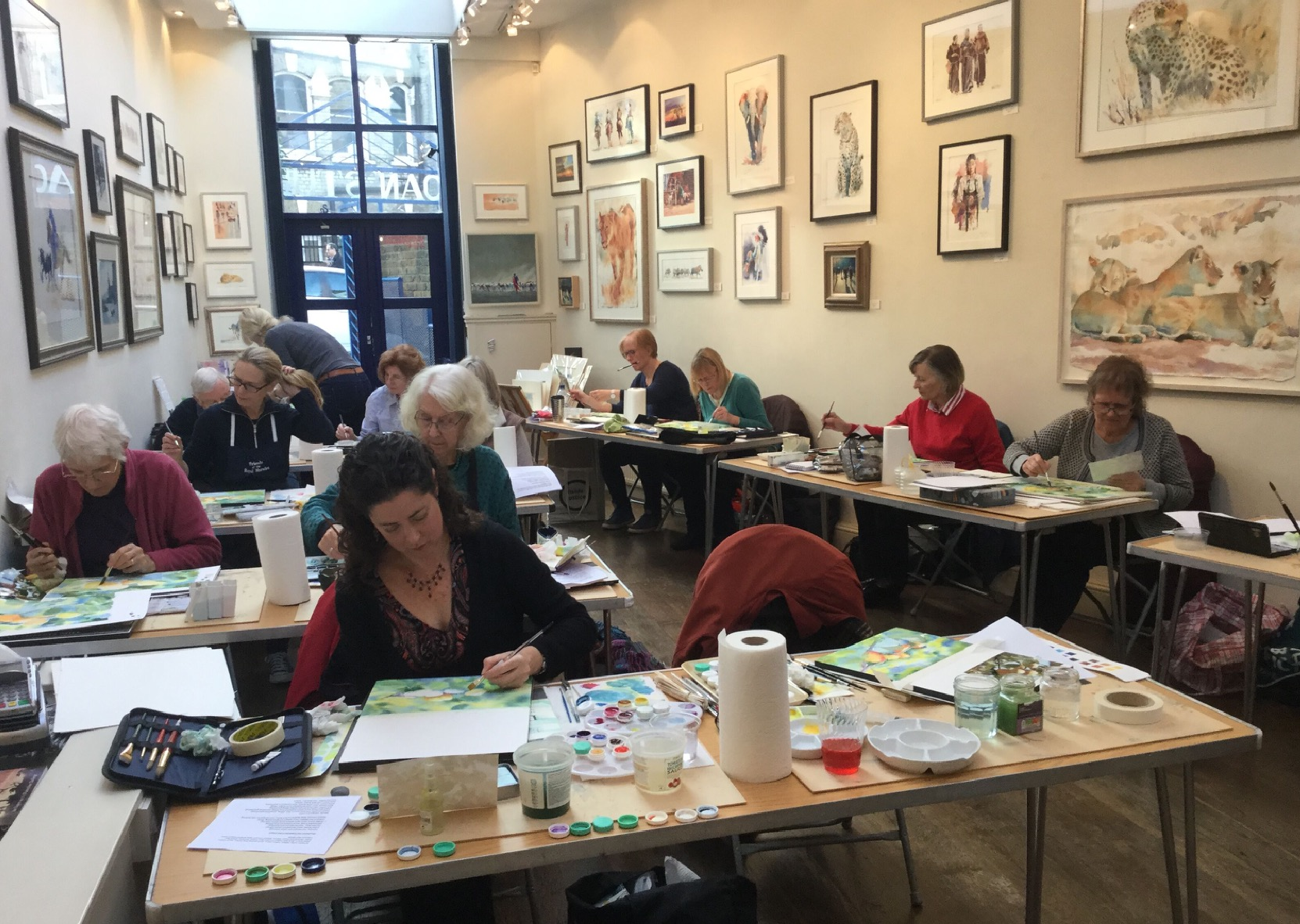 Eleanor Mann, watercolour artist, workshop on creating a balanced palette